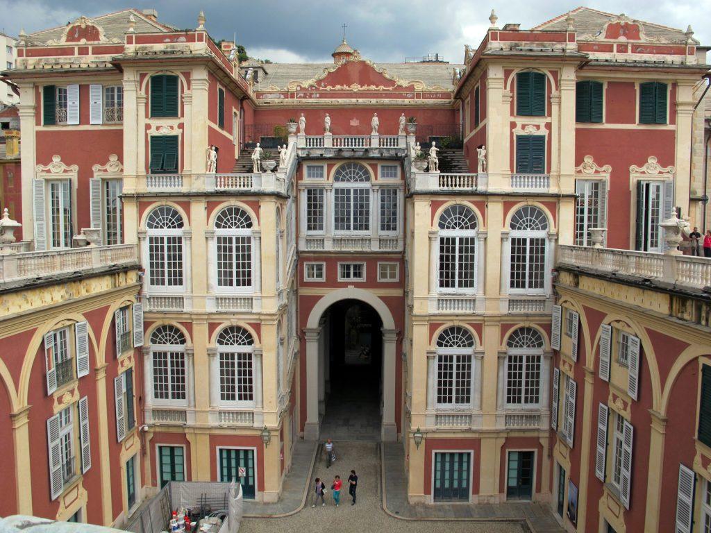 Genova palazzo reale vacanza-a-bogliasco-cosa-vedere